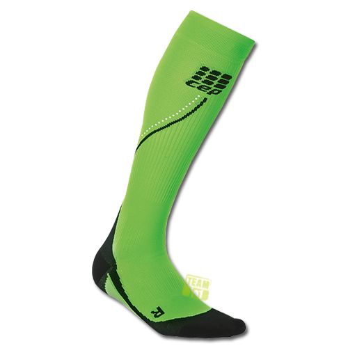 CEP Damen Kompressionssocken Pro+ Night Run Socks 2.0 grün